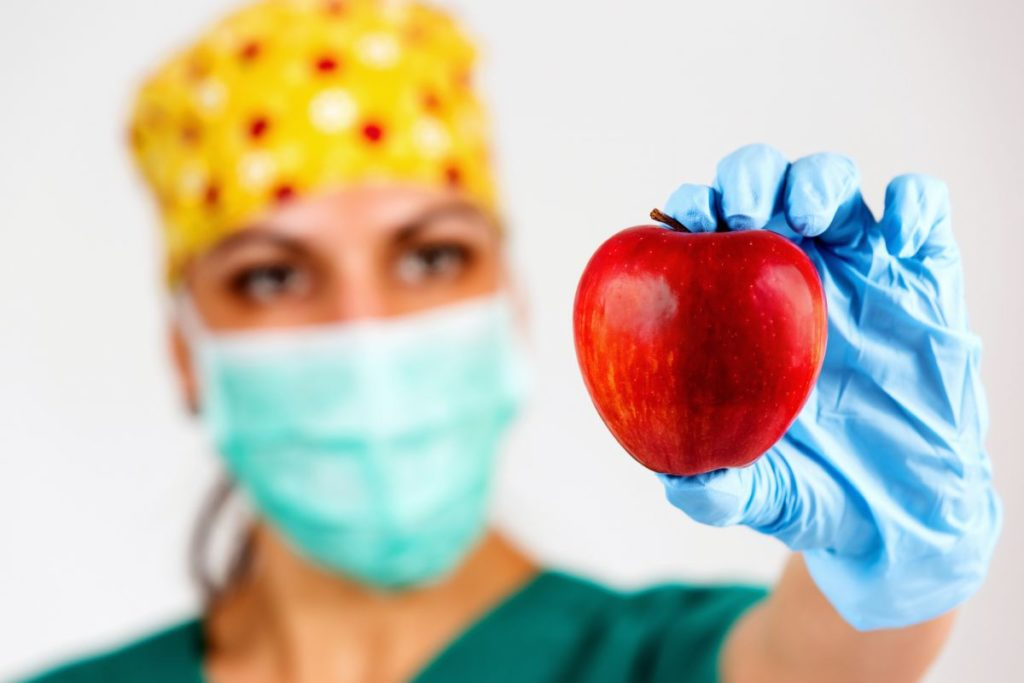 La dieta che fa morire di fame il tumore